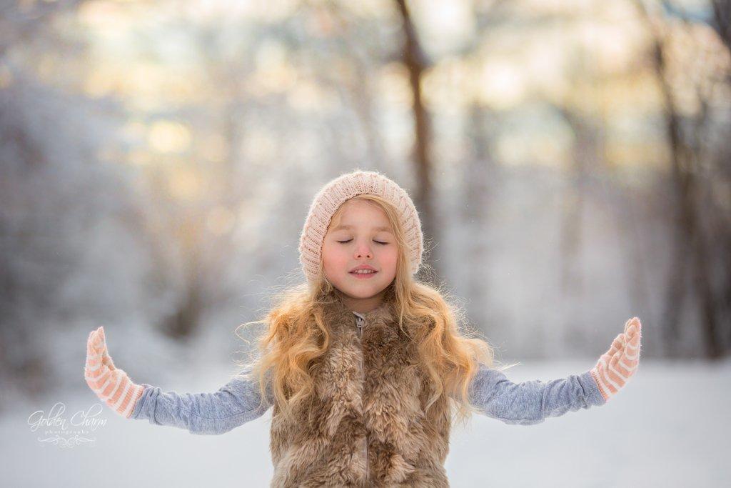 children-photography-chicago-suburbs-yoga-snow-photo