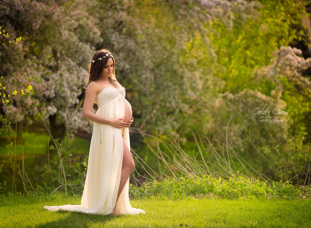 studio & outdoor maternity session